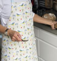 PRETTY VINTAGE STYLED 'BLUE BIRDS AND BLUEBELLS' PATTERNED COTTON APRON